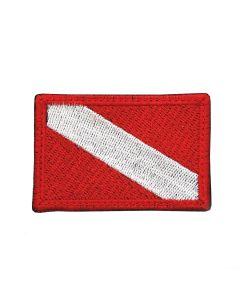 100 DIVES - czerwona haftowana naszywka ILOŚĆ NURKOWAŃ 60 X 40 mm