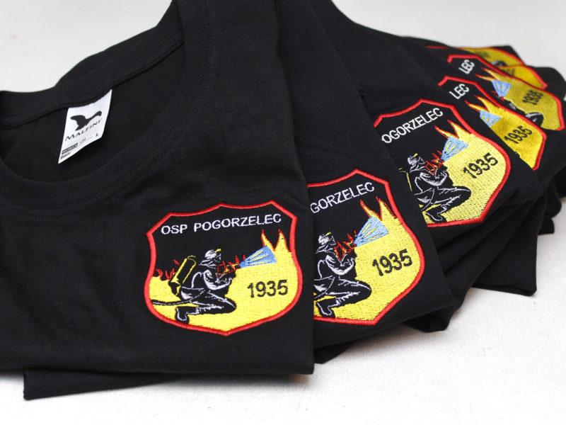 Indywidualne haftowane koszulki strażackie dla OSP Pogorzelec