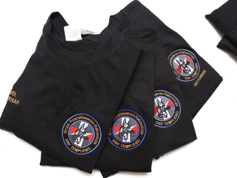 Polówki strażackie i bluzy z indywidualnym logo dla OSP Templewo.