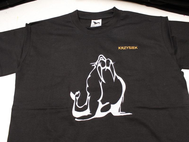 Haftowane polary i koszulki t-shirt dla grupy Morsów Dąbie Lubuskie
