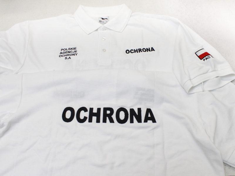 Białe koszulki dla ochroniarzy