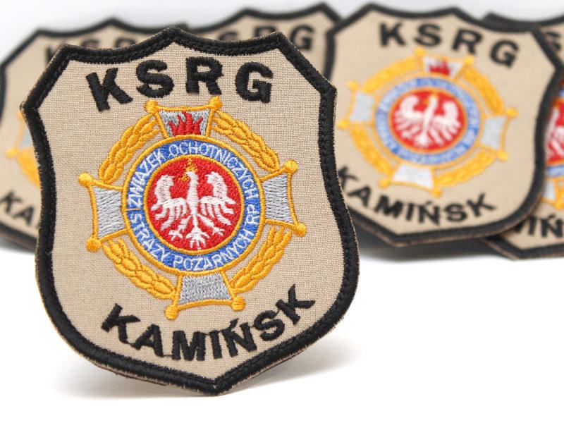 Emblematy naramienne piaskowe dla KSRG Kamińsk